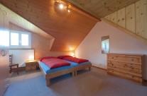 Schlafzimmer mit Doppelbett II