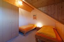 Schlafzimmer mit Einzelbetten I
